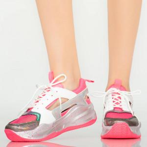 Női rózsaszín cipők