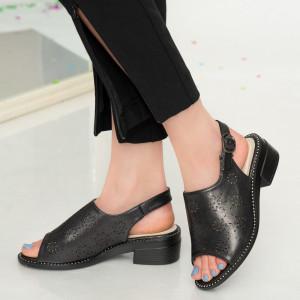 Дамски сандали с черен лък