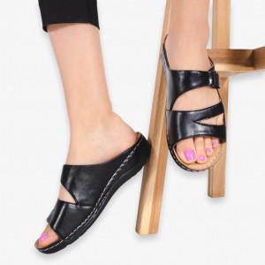 Aes black slippers