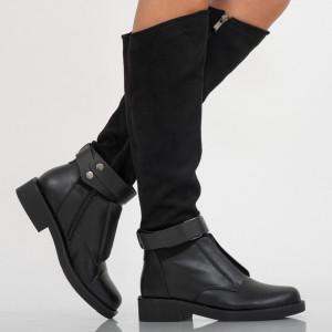 Fekete zágrábi női csizma