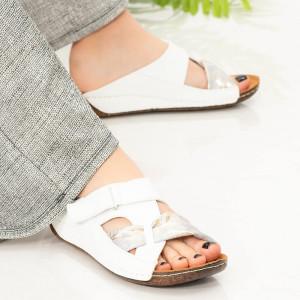 Papuci dama Gacy albe