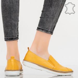Pantofi piele naturala Bok galbeni