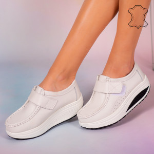 Pantofi piele naturala Metas albi