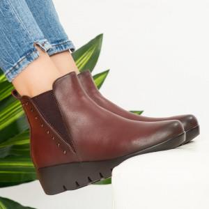 Γούνινες μπότες από ψηλό χαρτόνι