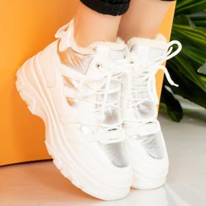 Μπότες με λευκή γούνα Tyla
