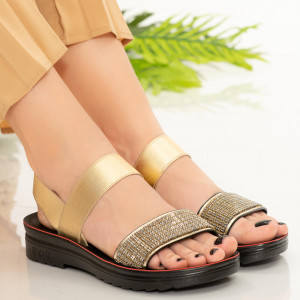 Златни дамски сандали Azora