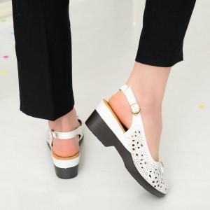Amu white sandals