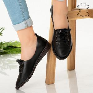 Fekete Kic valódi bőr cipő