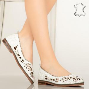 Pantofi piele naturala Betim albi