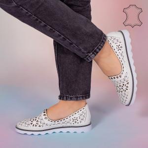 Pantofi piele naturala Bon albi