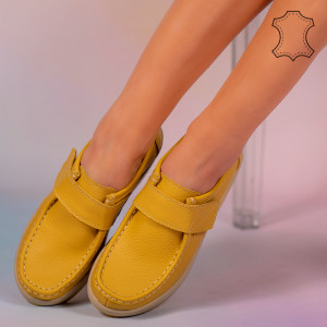 Pantofi piele naturala Metas galbeni