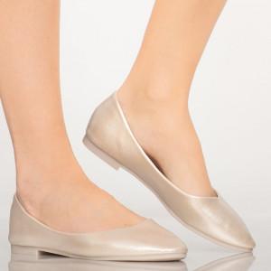 Pary krém alkalmi cipő