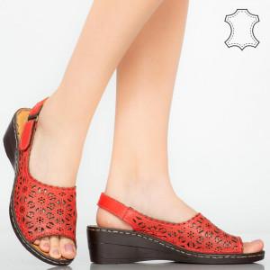 Természetes bőr platformok vörös mandzsetta