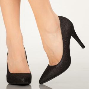 Biztos fekete női cipő