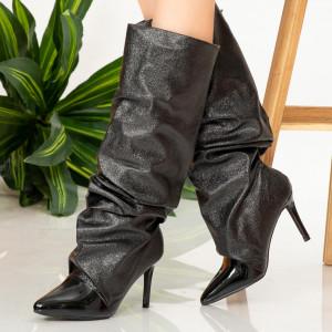 Γυναικείες μπότες Black Ken
