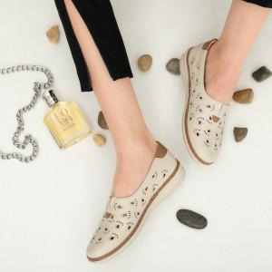 Női cipő bézs színű