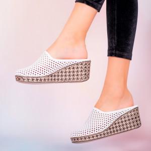 Papuci piele naturala Merco albi