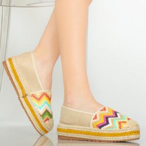 Bézs Mony alkalmi cipő