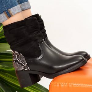 Mek black fur boots