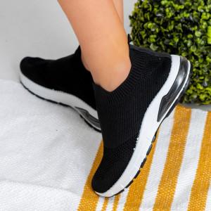 Γυναικεία αθλητικά παπούτσια Black Roe