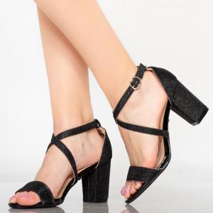 Дамски черни сандали Vave