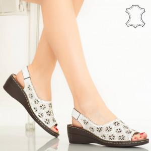 Pantofi piele naturala Zarea albi
