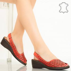 Red Goy сандали от естествена кожа