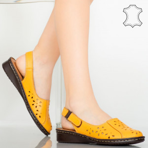 Sandale piele naturala Cest galbene