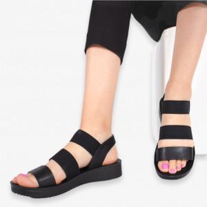 Дамски черни дантелени сандали