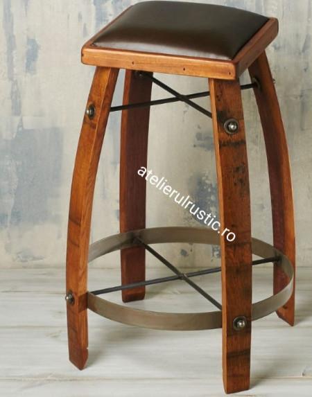 Scaun bar din lemn masiv