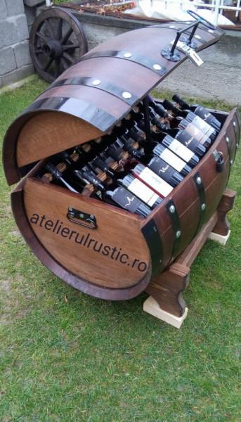 Vinoteca din lemn masiv