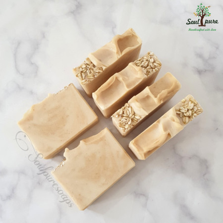 Oat milk and Turmeric Butter soap