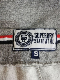 Pantaloni sport Superdry