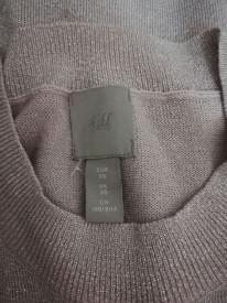 Pulover H&M cu inserți de fire argintii