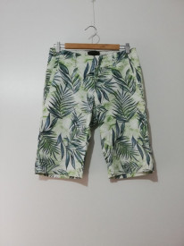 Pantaloni scurți Bershka