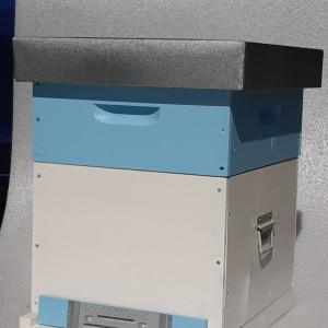 OFERTA SPECIALA - Stupul CUBOBOX fund plin 10 rame COMPLET (Magazie 1/2, 20 rame insarmate,hranitor, gratie hanemann)