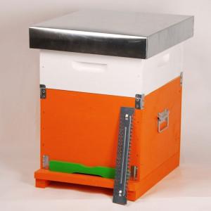 Stup-cubobox-complet-cuib-magazie-20-rame-hranitor-gratie-hanneman