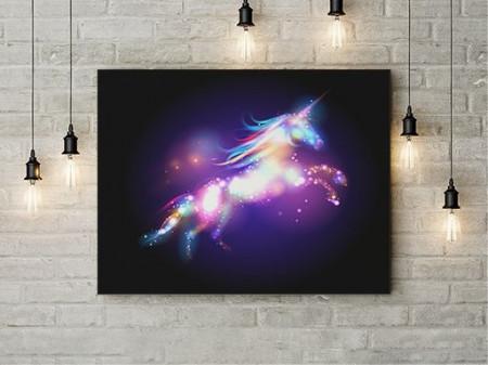 Unicorn de Lumina