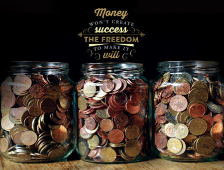 Tablou motivational - Money won't create success