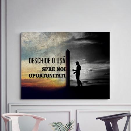 Tablou motivational - O usa spre noi oportunitati