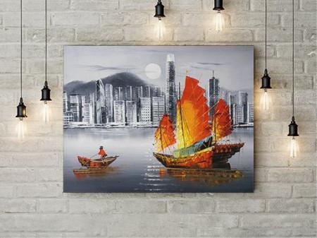 Tablou Canvas Barca Colorata pe rau in oras