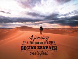 Tablou motivational - A journey of a thousand league