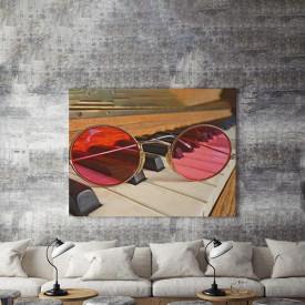 Tablou Canvas Through pink lenses