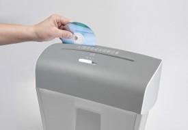 Distrugator de documente si CD, 8 coli - Resigilat
