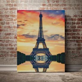 Eiffel pe inserat
