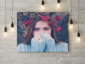 Tablou Canvas Fata cu coronita