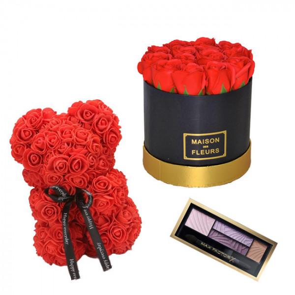 Set Cadou Aranjament floral cutie rotunda neagra cu trandafiri rosii de sapun, Ursulet floral Rosu 25cm si Paleta fard