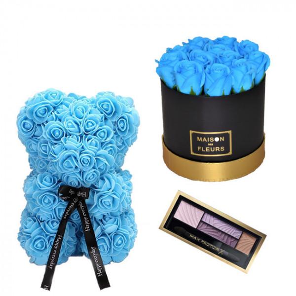 Set Cadou Aranjament floral cutie rotunda neagra cu trandafiri albastrii de sapun, Ursulet floral Albastru 25cm si Paleta fard