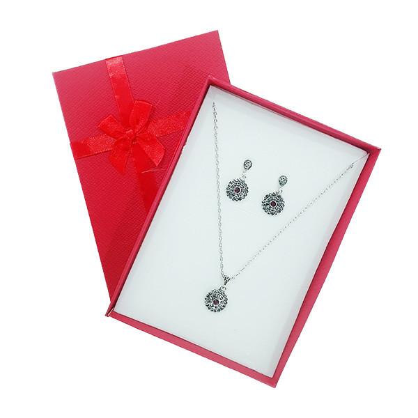 Set cercei si colier elegant cu pandantiv floare, argintiu si rosu