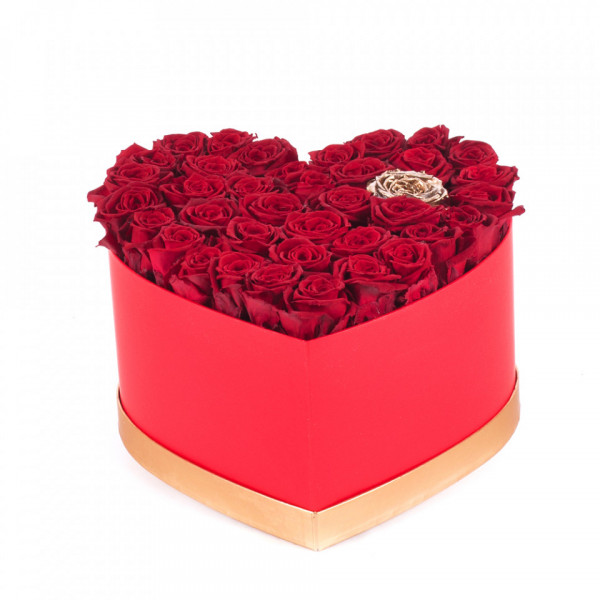 Aranjament floral Eterno, cutie inima cu trandafiri de sapun rosii